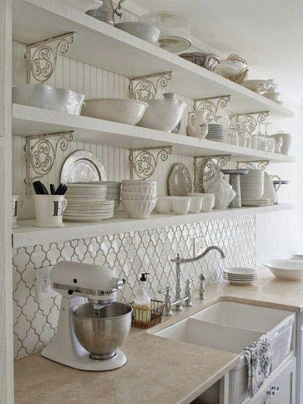 Fliesenspiegel Und Offene Regale #Küche #kitchen #Regal #Einrichtung