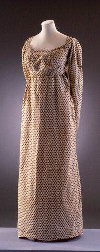 'Everyday' and very lovely. Printed cotton dress 1810-1814 Bath Fashion Museum