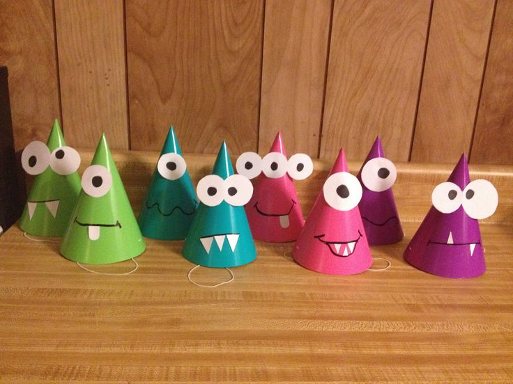Monster party hats - DIY