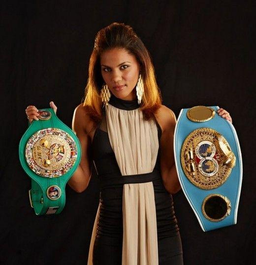 Female Boxer Ava Knight