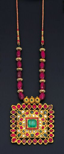 Christie's - Indian Jewellery $9.000