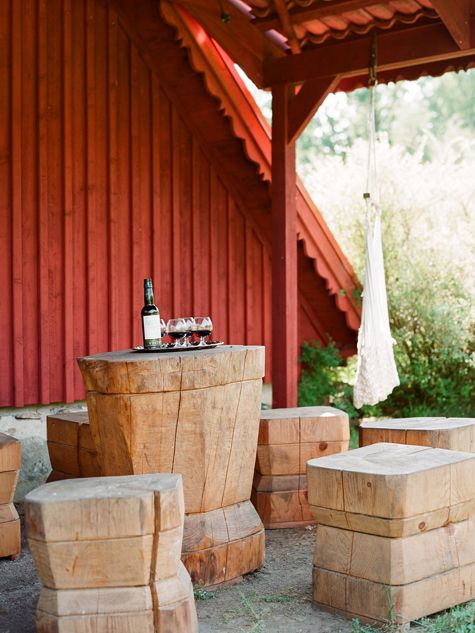 may need to see if we can make these for the picnic area at the farm!