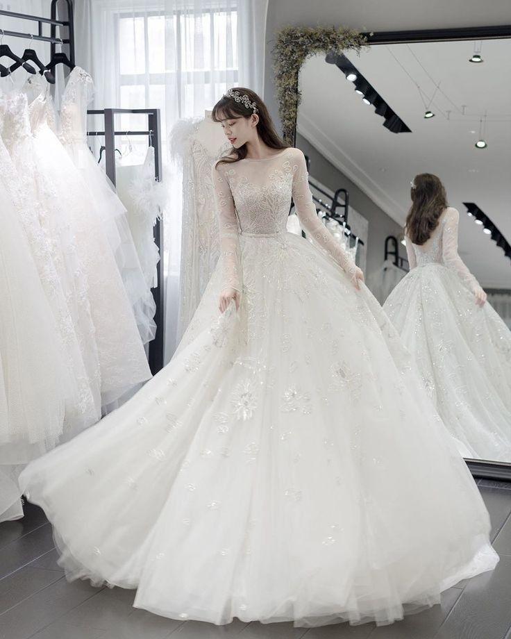 Pin Oleh Hyj Di Vay Cưới Di 2020 Gaya Pengantin Pakaian Pernikahan Gaun Victoria