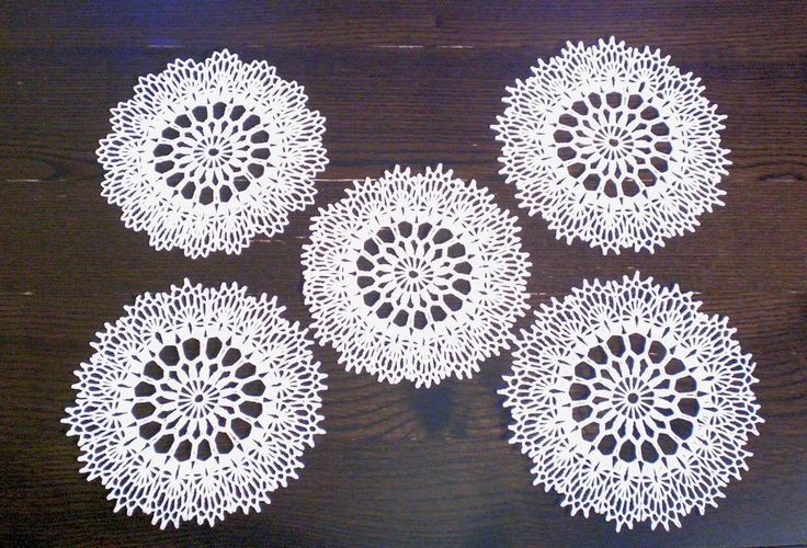 5x White Round Vintage Cotton Lace Coasters 9 Inch in Diameter 23 cm Ironed