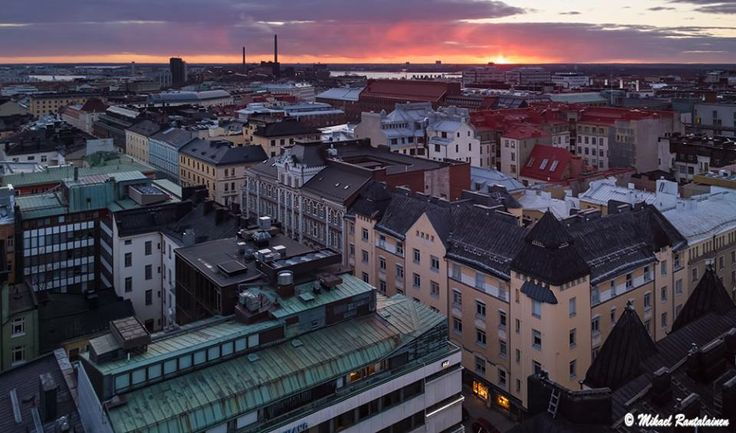 Hotel Torni - Take an (free) elevator to the highest floor and then take tiny steps to tiny bar with a view all over Helsinki. Also don´t miss using a toilet. Where else you can pee and at the same watch the views.