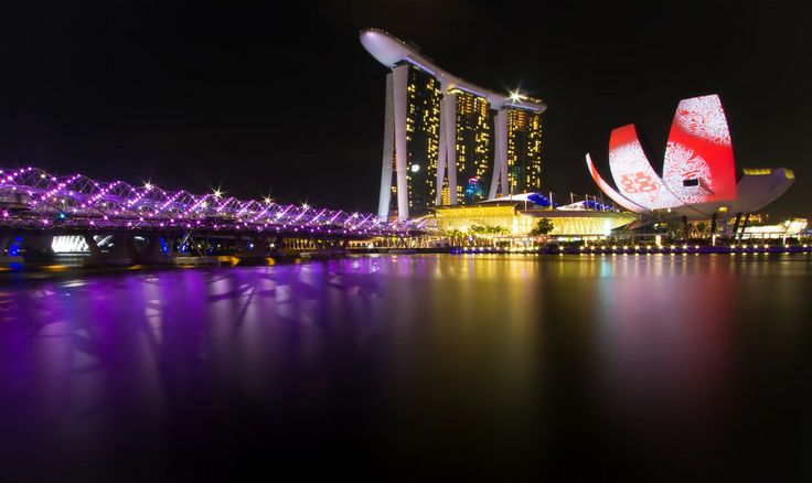 Photo Singapore Light Art by Fern Blacker on 500px