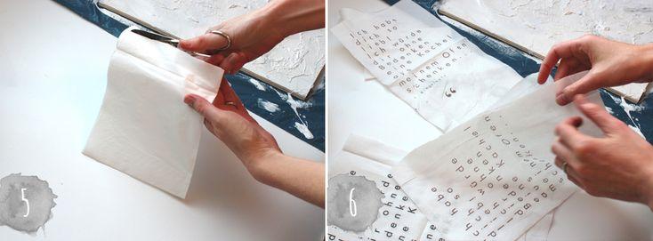 bedruckte Servietten, Farbe, Leim und eine Sperrholzplatte - dein perfektes Lieblingsgedichte-Bild   www.theachievearchives.com