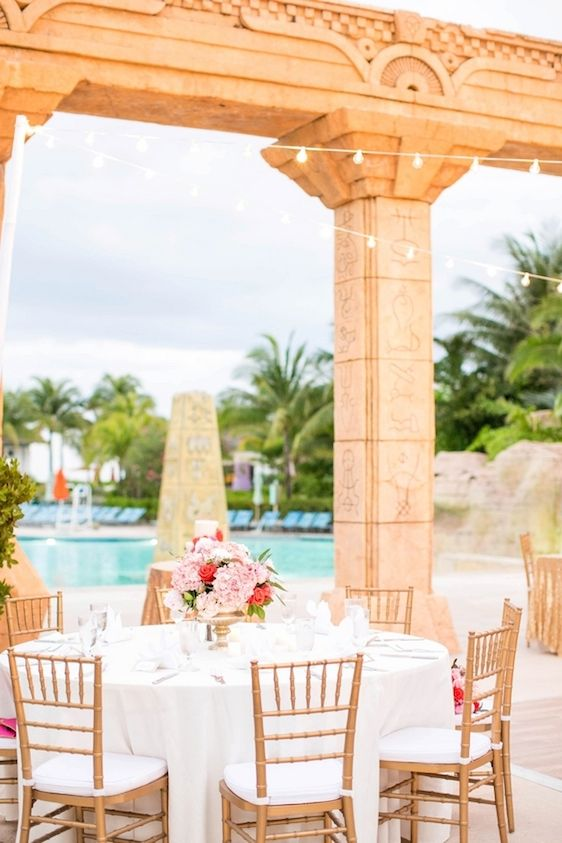 A Colorful Wedding in the Bahamas at Atlantis, Hope Taylor Photography