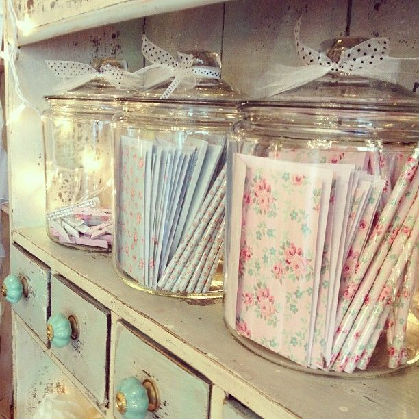 I love giving gifts i usually make them in small jars - Shabby chic storage ideas ...