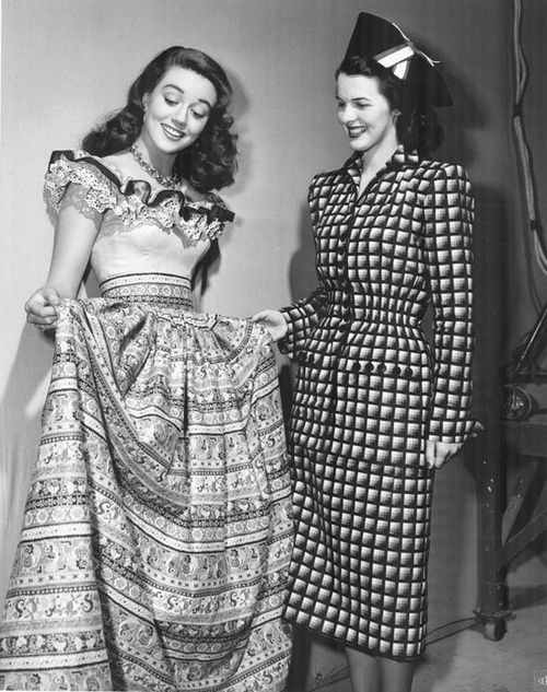 Two markedly different yet equally fantastic c.1940 fashions. #vintage #1940s…