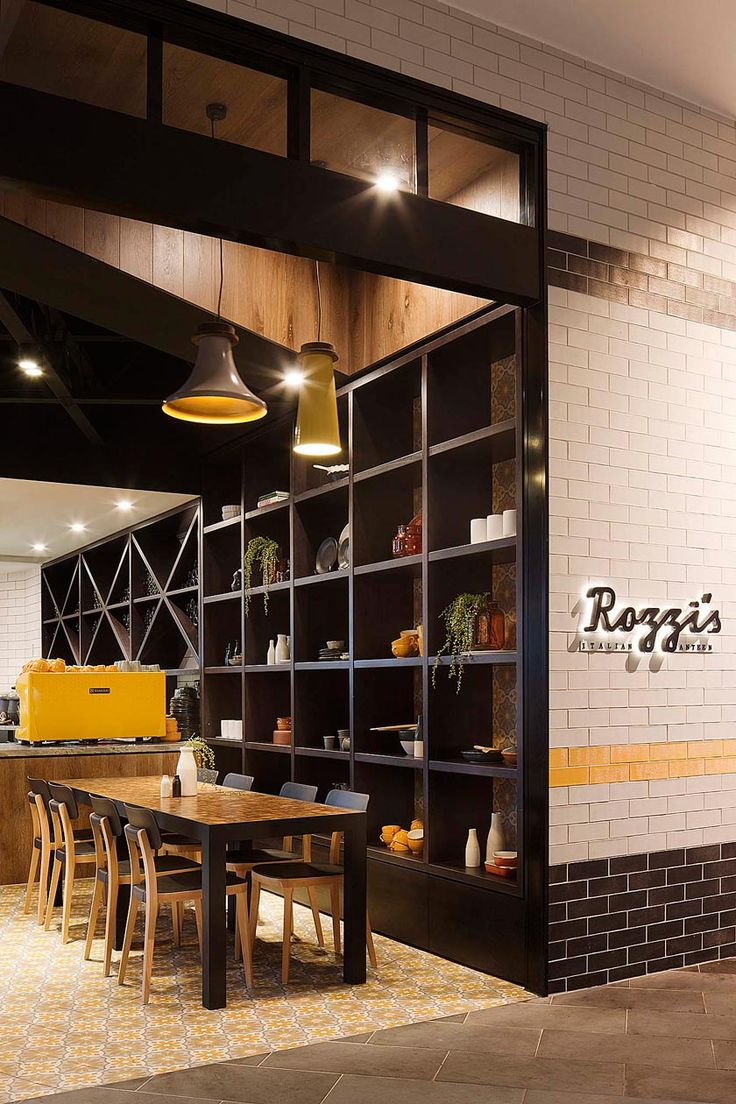 El estudio australiano Mim Design ha sido nominado en los Restaurant & Bar Design Awards consu proyecto de restaurante Rozzi's Italian Canteen
