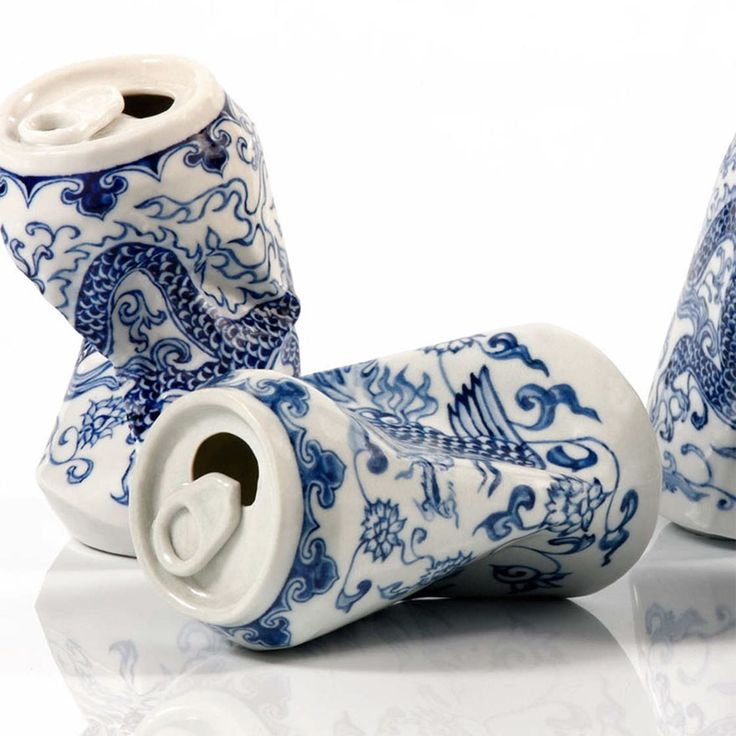 Drinking Tea is the name of an unusual and eye-catching ongoing project by Chinese artist Lei Xue. The sculptor, photographer, painter and video artist uses porcelain to create sculptures that resemble crumpled and discarded soda cans, and as you can see from the pictures below, the result is both intriguing and mind-boggling.