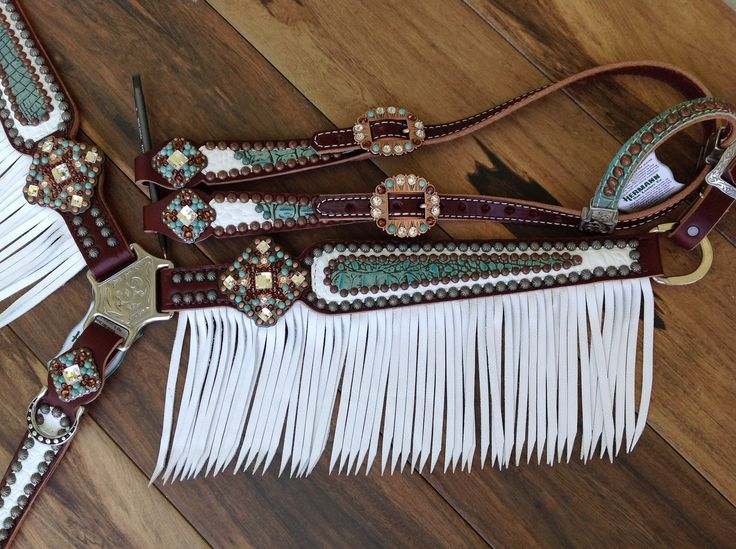 Turquoise and white gator breast collar with white fringe