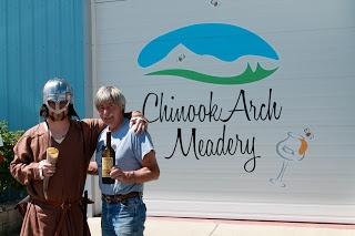 *~Growing Green~*: Monday Feature: Chinook Arch Meadery