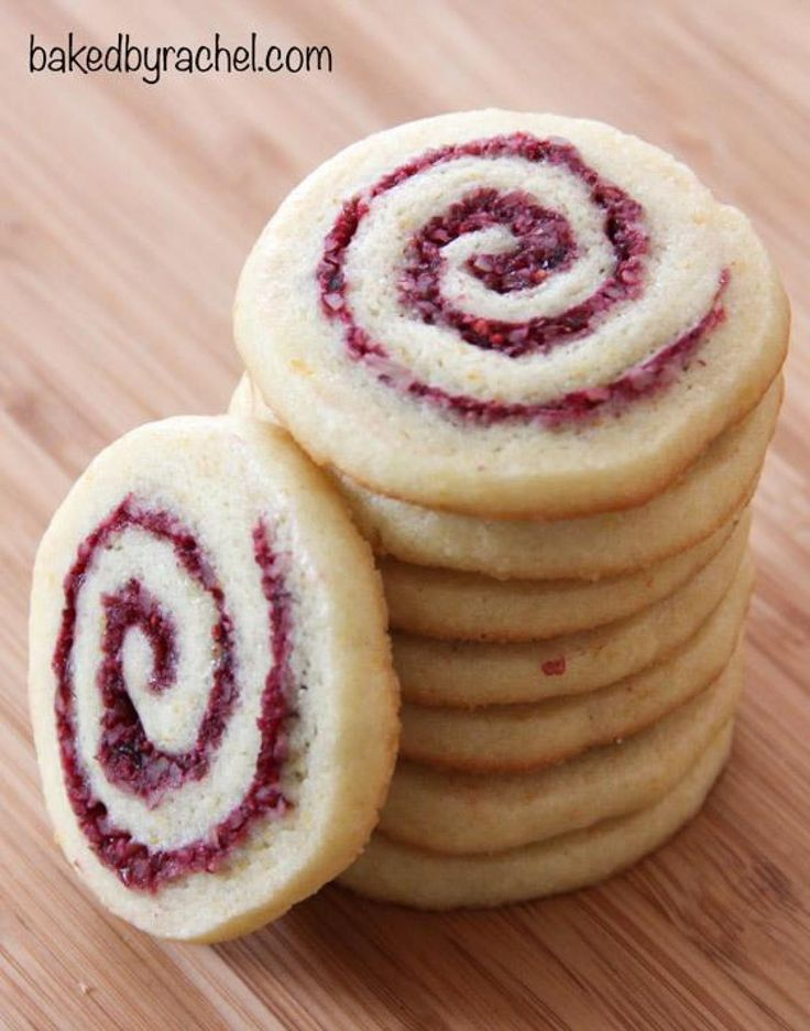 Obtained online.http://www.bakedbyrachel.com/a-tradition-cranberry-orange-pinwheels/