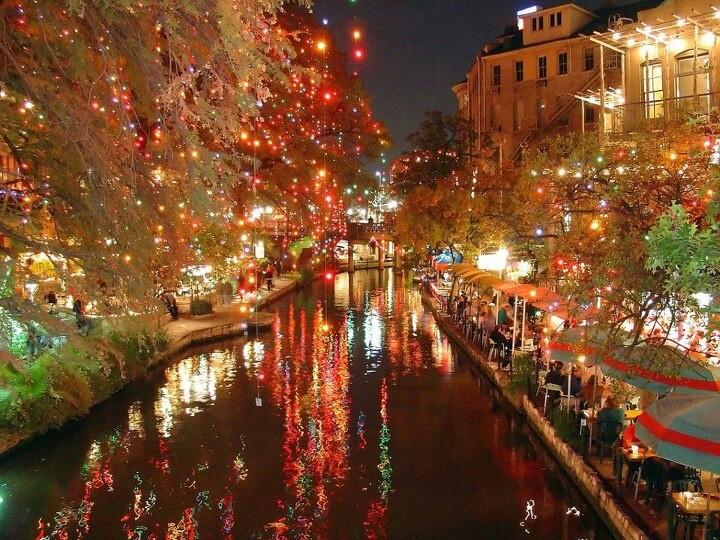 Amazing San Antonio Riverwalk At Christmas