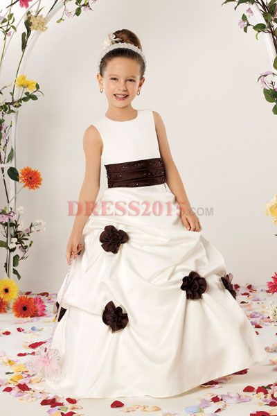 Perfect flower girl dress for a black and white wedding