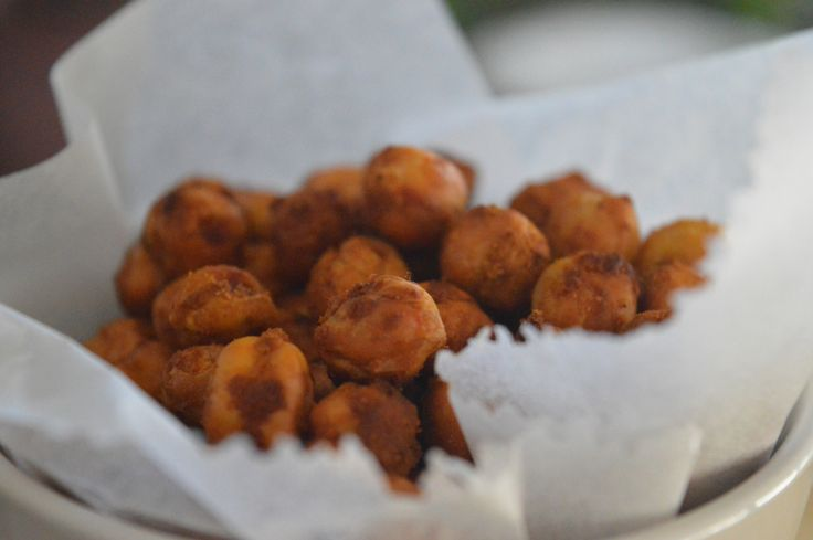 Crispy Roasted Chickpea Snack with Spices