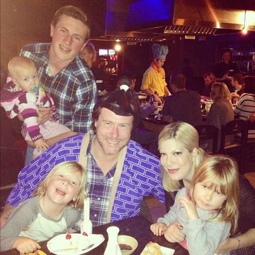 Tori Spelling & Dean McDermott's Birthday Celebration