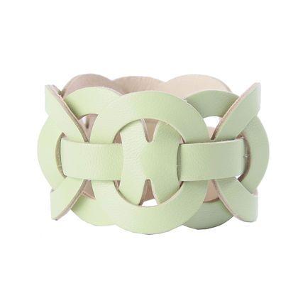 Leather bracelet / Браслеты ручной работы. Ярмарка Мастеров - ручная работа. Купить Кожаный браслет КРУГ В КРУГЕ-32. Handmade. Мятный