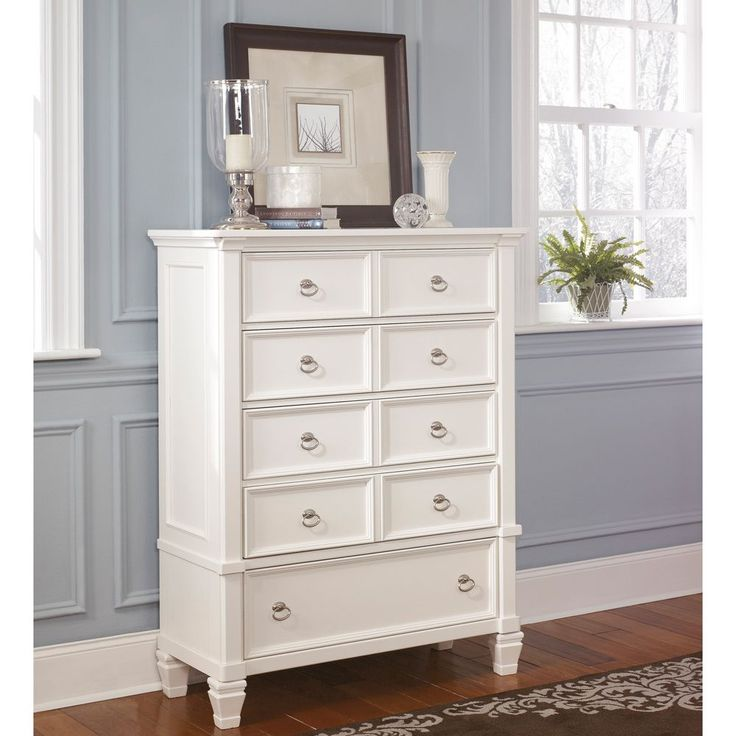 Best Signature By Ashley Prentice White 5 Drawer Chest By 640 x 480
