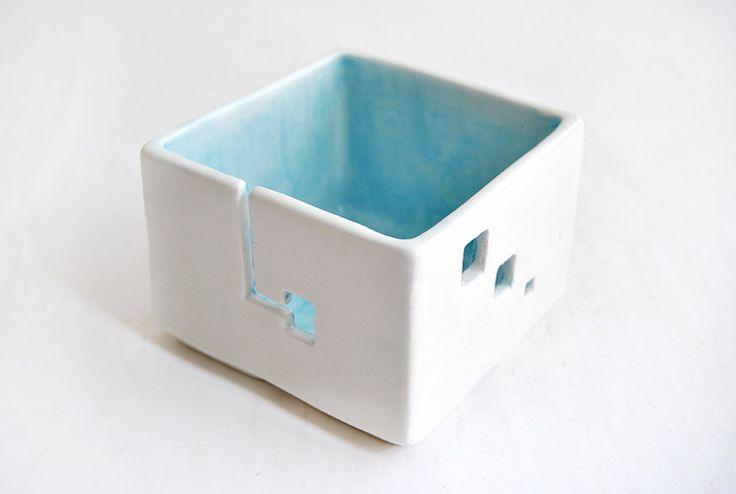 Ceramic Blue Yarn Bowl, Cube Shaped. Knitting Bowl, Square Yarn Bowl. Made To Order by Barruntando on Etsy https://www.etsy.com/listing/199701652/ceramic-blue-yarn-bowl-cube-shaped