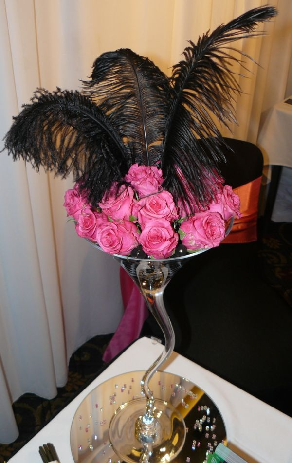 Squiggly martini glass or any vase pink roses black