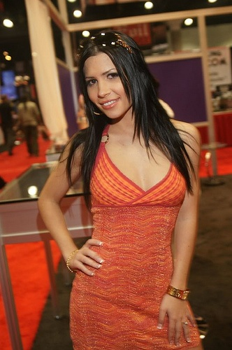 linares girls Rebecca linares - rebeca linares was born veronica bazan on june 1983 in barcelona, spain linares worked as a cashier prior to her involvement in the adult entertainment industry she first began performing in adult films in 2005 in spain.