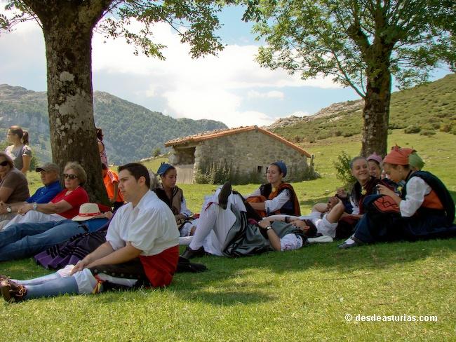 Fiesta del Pastor Cangas de Onís. Picos de Europa [Más info] http://www.desdeasturias.com/la-fiesta-del-pastor/