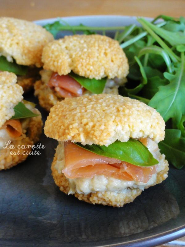 Macarons de tapioca, saumon et avocat