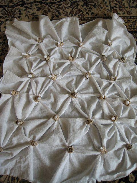 Shibori Tutorial for dyeing fabrics - textile techniques; fabric manipulation