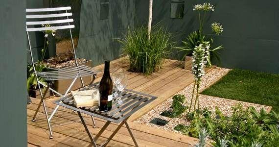 20 Adorable Small Garden Ideas