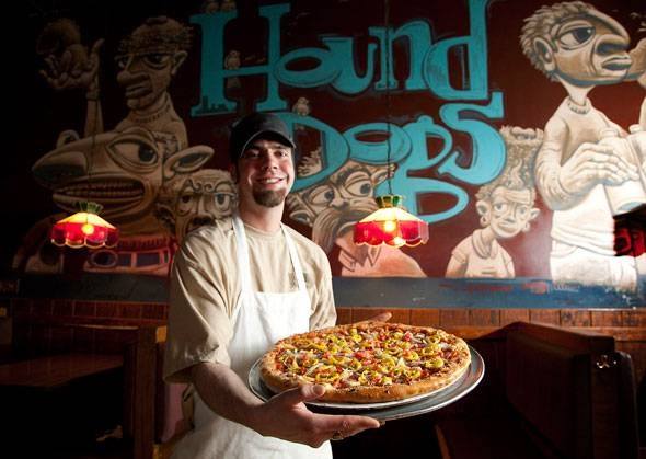 """Throw just about any topping on Hound Dogs' """"Smokin' Joe's"""" crust, and you're in for buttery bliss. Who says there's no such thing as Columbus-style pizza?"""