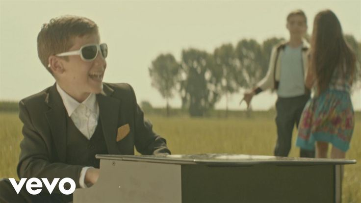 Raphael Gualazzi - L'estate di John Wayne