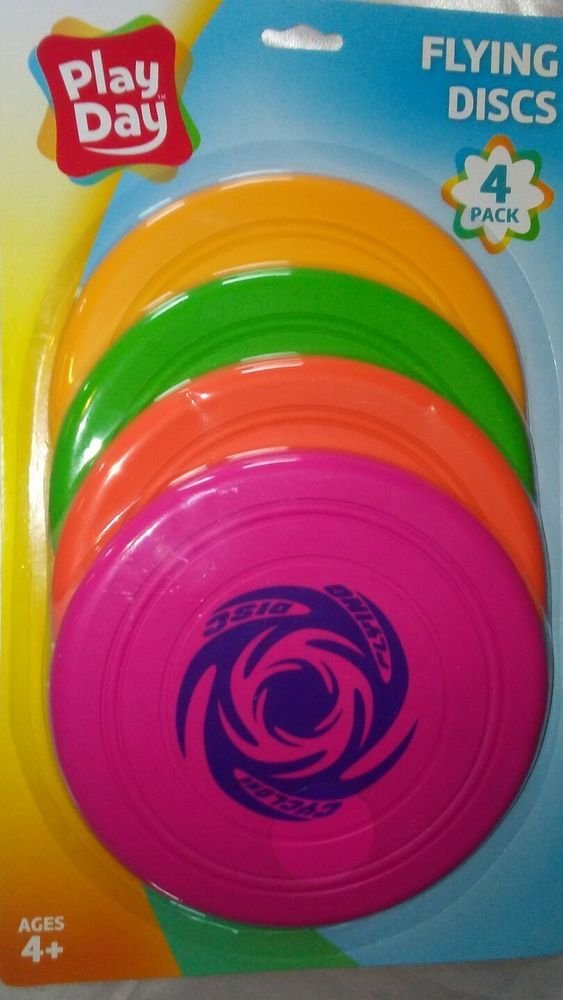 "play day rubber flying discs 4 pack, 7"" discs."