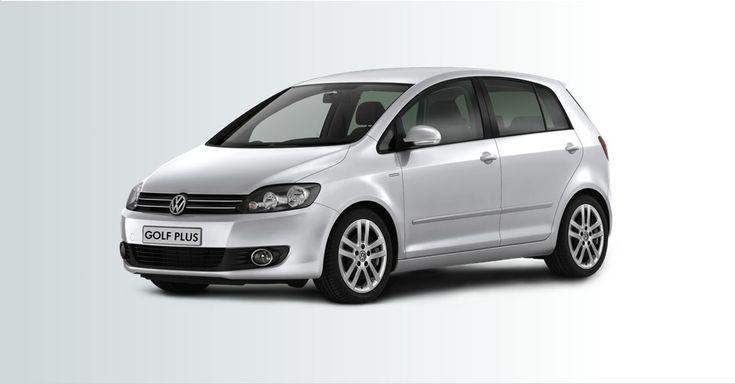 Volkswagen lance la Golf Plus LIFE ! Cette série spéciale Life de la Golf Plus se caractérise par un niveau d'équipement très riche pour un tarif extrêmement compétitif. Suréquipée, la Golf Plus Life est disponible à partir de 20 600 euros. Plus d'infos sur notre blog auto.