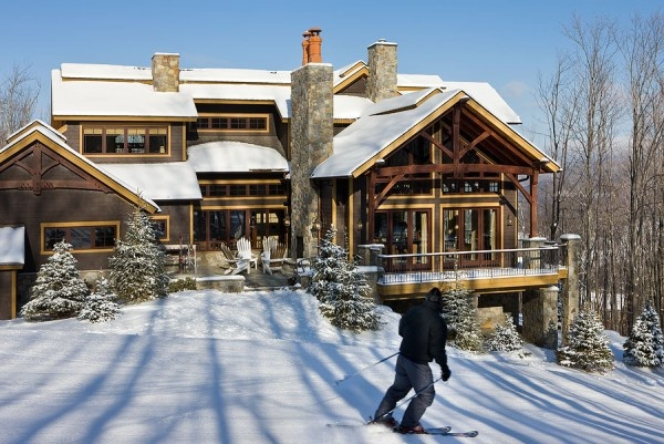 The perfect home for an avid skier!