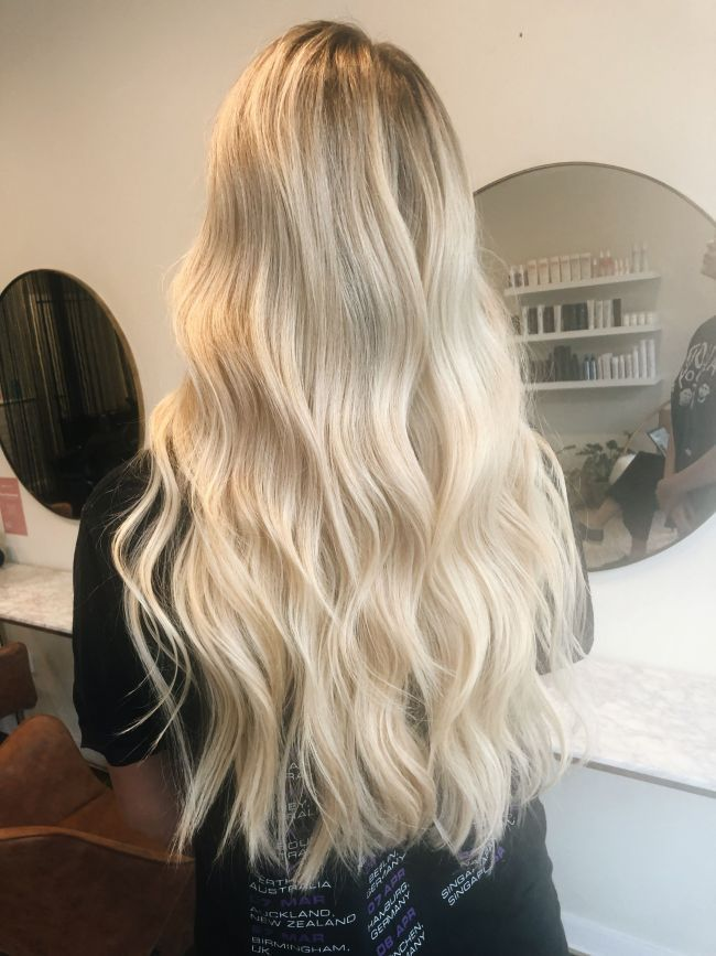 Creamy Long Blonde Hair Light Blonde Hair Blonde Hair Looks