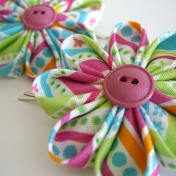 I'm completely addicted to these flowers. They are fun and easy to make.
