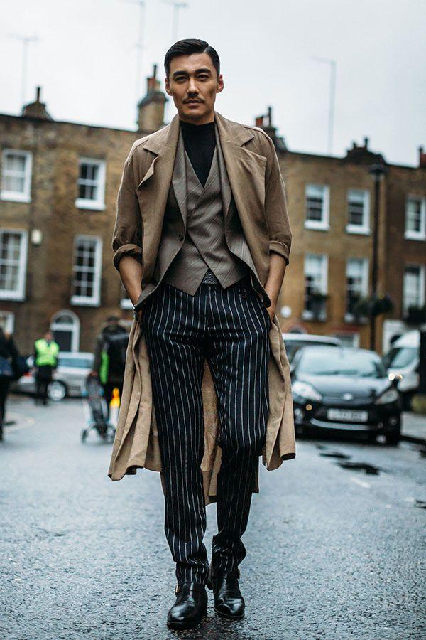 2017-02-23のファッションスナップ。着用アイテム・キーワードはコート, ジャケット, スラックス, チェスターコート, テーラード ジャケット, ニット・セーター, ベスト・ジレ, モンクストラップ,etc. 理想の着こなし・コーディネートがきっとここに。| No:196678