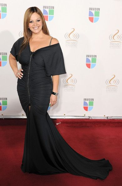 RIP Jenny, you were a great Mexican icon, and women! Ill trully miss my favorite singer!