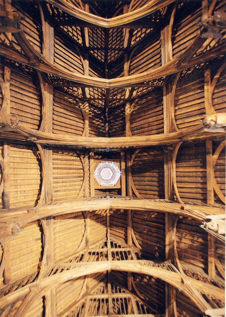 https://flic.kr/p/57C34B | Westminster Hall - ceiling | Westminster Hall is the oldest remaining part of the Houses of Parliament, with its walls being erected in 1097 in the reign of William Rufus. The roof was originally supported by two rows of pillars, but by 1399 Richard II wanted to make the Hall more impressive by building an unsupported roof. This great challenge was met by carpenter Hugh Herland and architect Henry Yevele. They solved the problem by building huge hammer shaped oak…