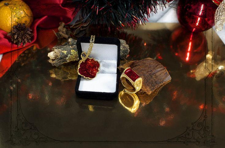 Оригинальный Новогодний женский подарок Красивые и ярки Новогодние подарки от бренда Джокер, красивая женская бижутерия и оригинальные мужские украшения. Праздничная новогодняя женская и мужская одежда. Большой выбор стильных Новогодних подарков в интернет-магазине Джокер http://joker-studio.ru и http://joker-studio.сом  #новый год #год петуха #новогодние_подарки #женские_подарки #мужские_подарки #оригинальные_подарки #рождественские_подарки #новогодняя_бижутерия #новогодние_украшения…