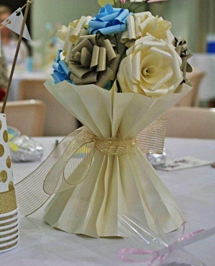 Vaso plissado flores de papel