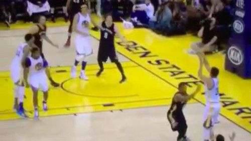 Stephen Curry is celebrating his birthday by doing Stephen Curry... #StephenCurry: Stephen Curry is celebrating his birthday… #StephenCurry