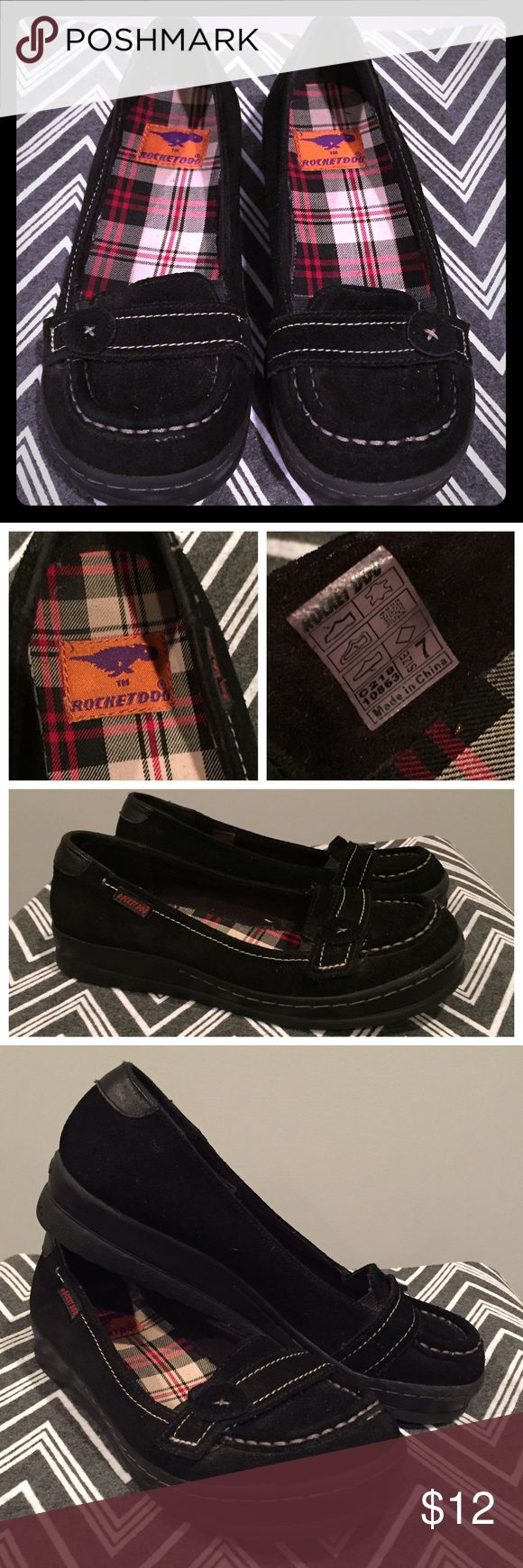 Rocket Dog black loafer Cute, slight wedge loafer with stitched button accent. Worn a few times. Good condition, clean soles. Women's size 7. Rocket Dog Shoes Flats & Loafers