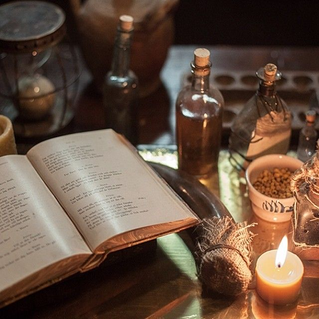 Getting resourceful with a variety of potions and medicines. #OutlanderSeries #Herbalist #STARZ from Outlander Starz instagram