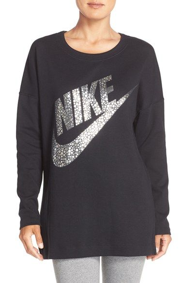 Free shipping and returns on Nike Logo Graphic Sweatshirt at Nordstrom.com. Casual comfort reigns in this roomy, drop-shoulder sweatshirt emblazoned with glittering metallic logo graphics.