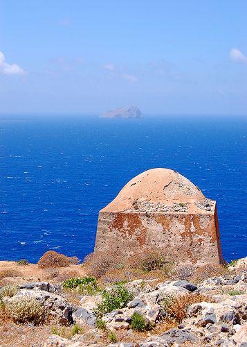 A+view+from+Imeri+Gramvousa,+a+small+coastal+island+of+Crete