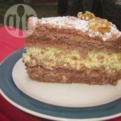 Gelaagde chocolade-walnotentaart @ allrecipes.nl